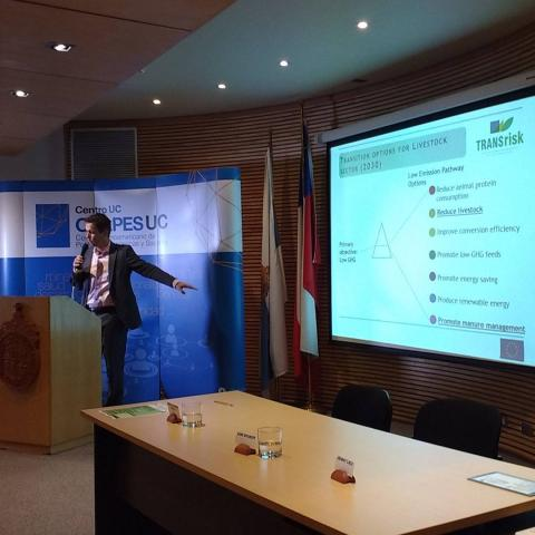 Eise Spijker (JIN) presenting co-effects of transition pathways in the livestock sector in the Netherlands