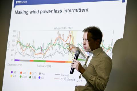 Prof. Oscar van Vliet (Swiss Federal Institute of Technology in Zurich – ETH Zurich) presenting how wind power could become less intermittent